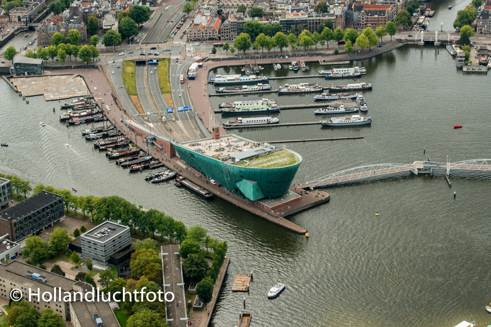Luchtfoto Amsterdam Nemo Science Museum